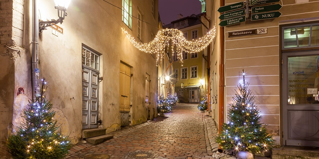 7 of the best Christmas markets in Europe! -Tallinn, Estonia.-min