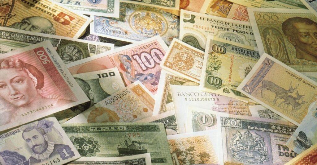 Symbolism of banknotes around the globe